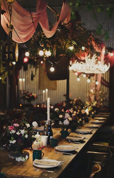 wedding dinner table flower arrangement