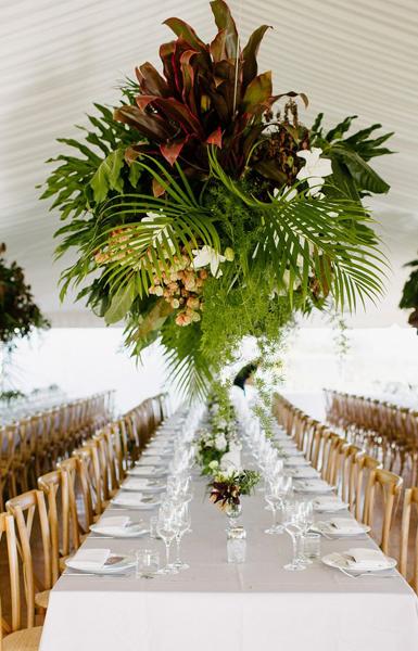 wedding tables flower arrangement